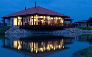 Tenisový areál a restaurace, Semice